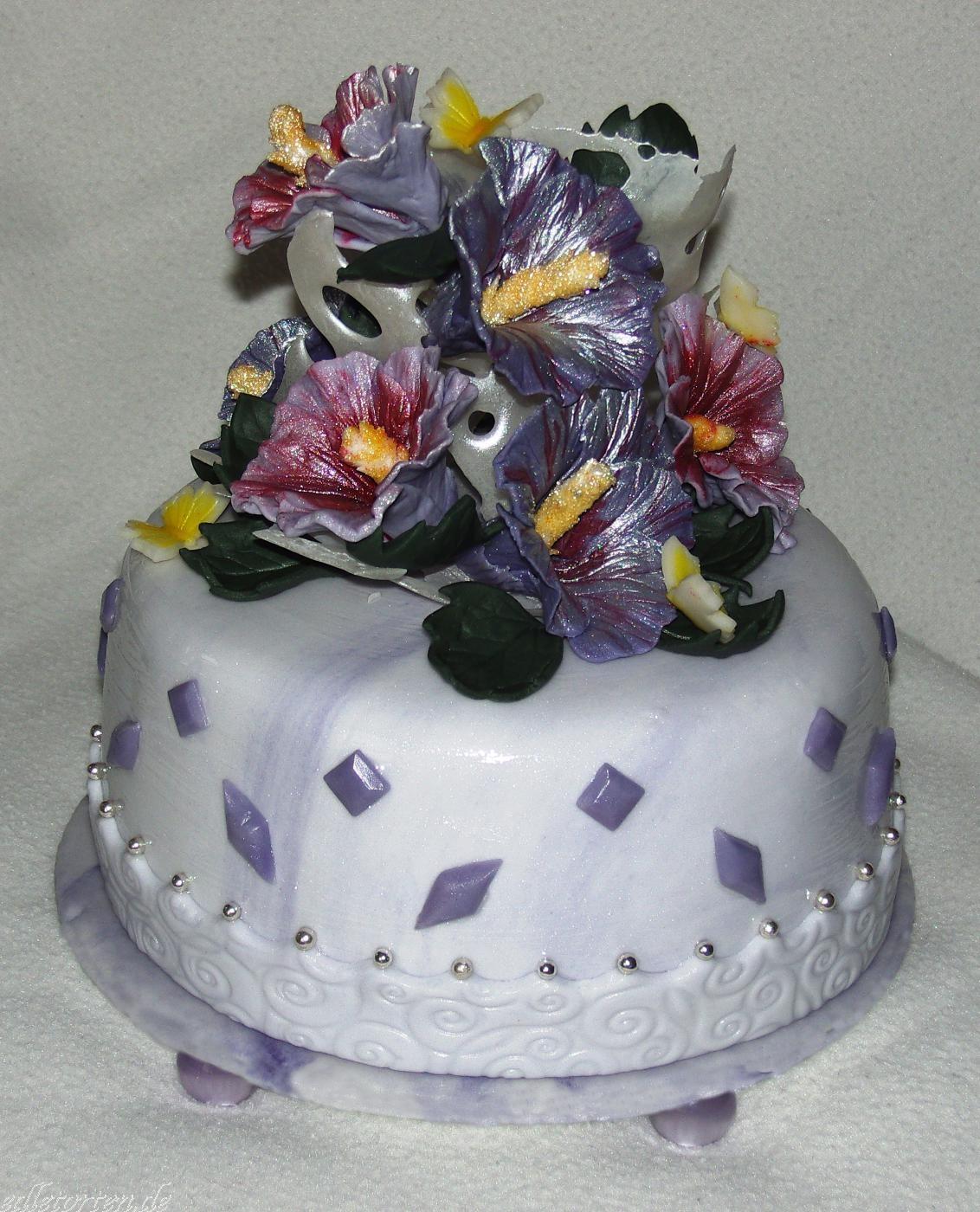 Hochzeitstorte Hibiskus Lila Violett